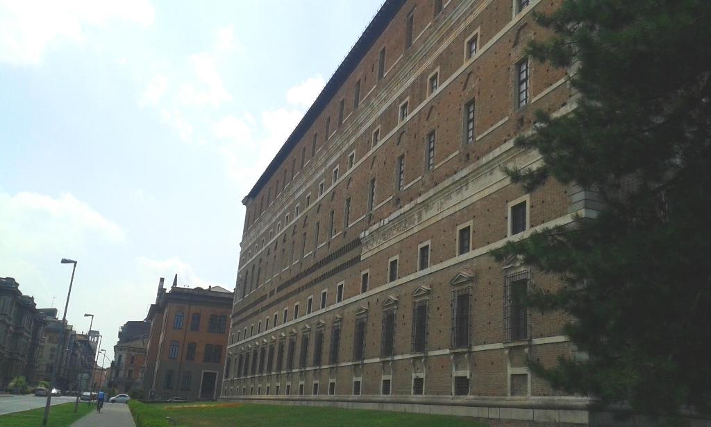 Palazzo Farnese da Via Risorgimento